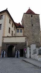 Prager Burg, Wehranlage an Ostseite