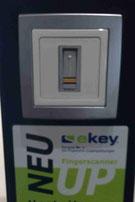Finger Scanner für ein sicheres Smart Home, günstig für den Neubau ohne lästige Schlüssel suche usw....