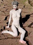Elenora tutta nuda