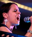 "Jessica ""Jazzy"" Kornpointner (vocal)"