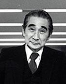 Кензо Танге