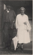 Albert et Hélène, 1932 © Archives Centrales Schweitzer Gunsbach