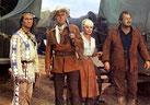 Unter Geiern (15) - Winnetou, Old Surehand, Annie und Farmer Baumann in Erwartung des Angriffs der Geier