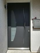 81 Haustüre nachher in Neviges Modell Pirnar 6019