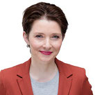 Dr. Ilona Bürgel, Expertin für körperliches und geistiges Wohlbefinden und die Schokoladenseite des Lebens