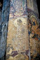 buddha_in_pillar_ajanta_cave_10