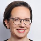 Andreia Camichel Fernandes - Expertin in Leadership, Strategie und Marketing