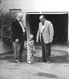 Drei Glasmaler-Generationen (v.l.n.r.) Emil Dold, Fritz J. Dold, Fritz W. Dold