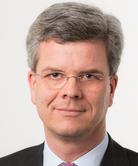 Dr. Klaus Bracht, Rechtsanwalt, Steuerberater und Partner bei Ernst & Young Hamburg