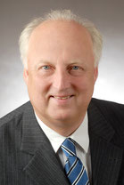Wolfgang Gragert: Moderne Finanzassistenz für KMU-Unternehmer