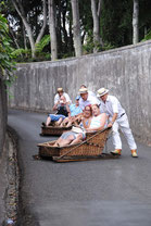 traditionelles Schlittenfahren in Funchal