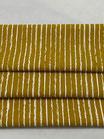 Baumwollstoff in Senf mit Streifen