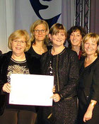 Annette Held, zweite Dame von rechts