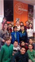 Die Klasse 6c der Realschule Bad Schönborn zu Besuch im Weltladen Bad Schönborn.