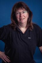 Melanie Meyer. Sanitätshelferin und anerkannte Ausbilderin nach §68 FeV.  Zertifizierte Betriebssanitäterin, anerkannte BG-Ausbilderin für die DGUV 1.