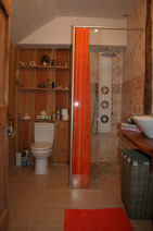 salle de bain du Gîte Le Rouch dans le Tarn- Midi-Pyrénées