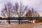 Der Elbstrom und seine Brücken
