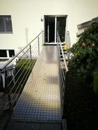 Auch für Kundinnen und Kunden im Rollstuhl oder mit Gehbehinderungen ist ein Besuch in der Physiotherapie-Praxis in Reinach AG kein Problem.