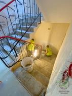 Treppenrenovierung - entfernen der alten Treppenstufen von Schreinerei Holzdesign Ralf Rapp, Treppenrenovierung Betontreppe frei gelegt, Holztreppe renovieren, Treppensanierung einer Betontreppe mit Massivholztreppenstufen in Eiche