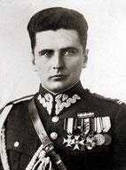 . Генерал С.Ровецкий – главный комендант Армии Крайовой с 14 февраля 1942 г. по 30 июня 1943 г.  General S. Rovetsky - Chief Commandant of the Home Army (Armia Krajowa)  from February 14, 1942 to  June 30, 1943.