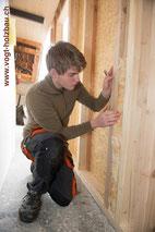 Holzelemente werden ganz oder teilweise isoliert angeliefert Dani Vogt D. Vogt Holzbau, CH 8855 Wangen SZ