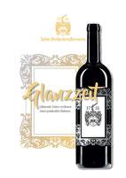 Weinflaschen als Glocke mit Weißwein und Rotwein mit individuellen Etiketten Glockenflasche
