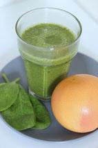grüner smoothie, vegan, spinat, grapefruit, fitness, abnehmen, getränk, gesund, ingwer