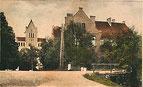 Neben der Kirche stand früher die Schule