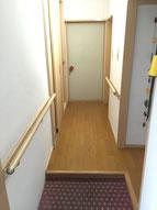 廊下の幅拡張・手すりの設置