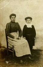 Maria Joubert née Pivard et son fils, Gilbert