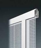 perforiertes Aluminiumblech als Lüftungseinsatz für Alu-Rahmen Sektionaltor