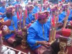 バリ芸術祭(2016)での演奏。バリ島ではコチョッ(Kocok)ともよばれる
