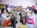 最近は子どもの習い事としても人気が高く、コンテストも頻繁に開催されている(スカワティ村にて)