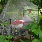 Himmelbett im Garten