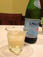 サンペレグリノと紅茶