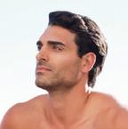 Baume Après Rasage Aloe Vera 50%  • Calme la peau irritée après le rasage.  • Appliquer sur une peau fraichement rasée     Crème anti-stress Aloe Vera 50%  • Effet rafraichissant