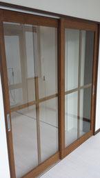 十文字格子ガラスドア