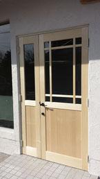 井桁格子付き店舗ドア