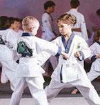 Karate in deiner Nähe macht Kinder schlauer und sportlicher