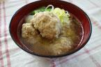 鶏つみれ,鶏団子、大根、鶏団子と大根の味噌汁