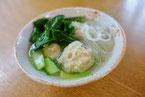 鶏団子 小松菜 春雨 スープ
