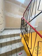 Betonstufen frei gelegt von Schreinerei Holzdesign Ralf Rapp in Geisingen, Treppenrenovierung Betontreppe frei gelegt, Holztreppe renovieren, Treppensanierung einer Betontreppe mit Massivholztreppenstufen in Eiche
