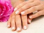 Savon et Crèmes pour des mains douces et soignées.