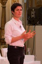 ELLEN MACARTHUR ecologist environment contact speaker