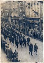 Göttinger Polizei in hist. Uniformen am 1. Mai 1933. Foto: Städtisches Museum Göttingen