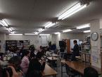 前回行われた名古屋校でのトークライブの様子。大盛況でした。