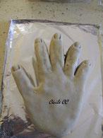 tutoriel gâteau 3D en forme de main pour Halloween