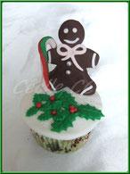 Tutoriel pour décorer un cupcake bonhomme pain d'épice pour Noël, cake design, pâtisserie, boutique en ligne, cécile cc, chic choc cake