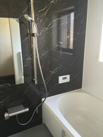 スタイリッシュな浴室空間にリフォーム
