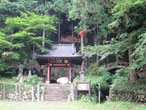 B 岩穴観音と農村歌舞伎舞台